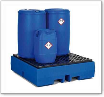 Auffangwanne PolySafe ECO aus Polyethylen (PE), mit PE-Gitterrost, für 4 Fässer à 200 Liter