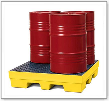 Auffangwanne PolySafe PSP 2.4 aus PE, gelb, Gabeltaschen und PE-Gitterrost, für 4 Fässer à 200 l