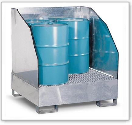 Gefahrstoffstation 4 GST-K-V50 aus Stahl, verzinkt, für 4 Fässer à 200 l, 3-seitiger Spritzschutz