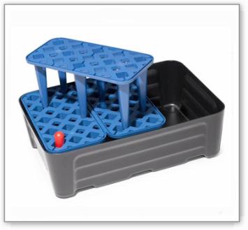 Kleingebindewanne pro-line aus Polyethylen (PE), mit PE-Gitterrost, 30 Liter, 592x400x185