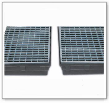 Gitterrost aus Polyethylen (PE), als Stellfläche für Bodenwanne KB-R mit 28 Liter Auffangvolumen