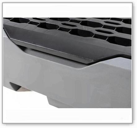 Auffangwanne pro-line aus Polyethylen (PE) für 2 Fässer, mit Gitterrost und Leckage-Anzeige